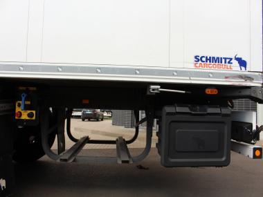 Schmitz SKO 24 FP45 Lifting axle