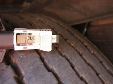 Schmitz SKO 24 FP45 MT Multitemp Lifting axle