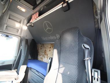 Mercedes-Benz Actros 1844