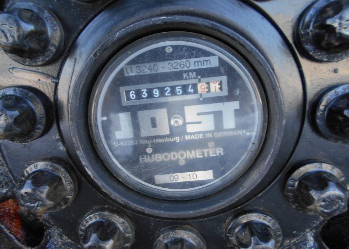 2011 напівпричеп Тентовані Schmitz SCS 24/L