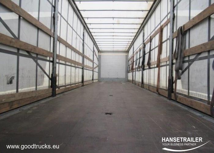 2015 напівпричеп Тентовані Schmitz SCS 24/L Atvyksta/Arriving