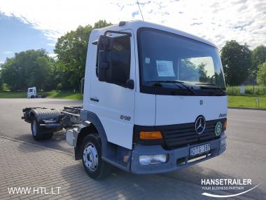 Mercedes-Benz 815